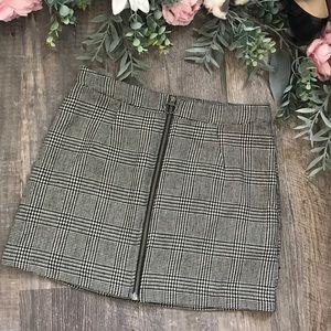 Forever 21 plaid zip front skirt